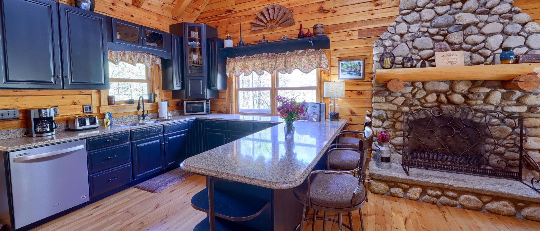 Ridgewater Lodge Hocking hills Kitchen About